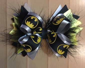 """6"""" Batman Boutique Stacked Bow with Marabou Feathers"""