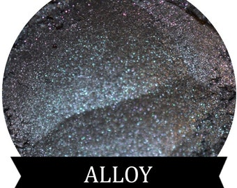 Silver Eyeshadow ALLOY