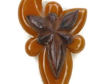 Large Bakelite Brooch Vintage Hand Carved Butterscotch & Wood Grain