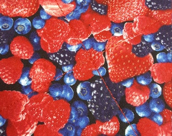 BERRIES Potholder, Hot Pad