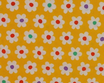 Yellow Daisy Floral fabric from Sevenberry Fat Quarter