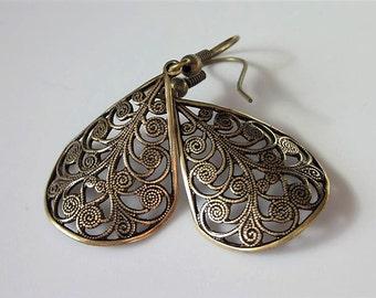 Filigree Earrings, Brass Teardrop, Filigree Jewelry, Simple Drop, Minimalist Jewelry, Brass Earrings