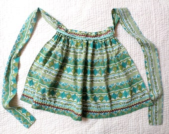 1960s Cotton Print Apron with RickRack, Home Made, Retro Charm, Gifts for Cooks