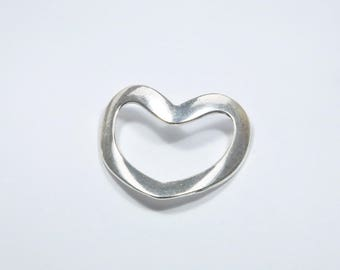 BR315 - 1 large heart charm in silver