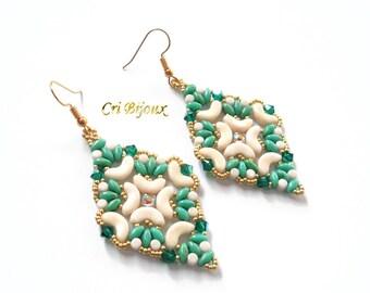 Green dangle earrings, beige and gold earrings, emerald jewellery, bohemian jewelry, glass beads earrings, boho chic jewelry, spring easter