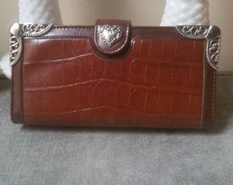 Vintage Brown Wallet    Silver Heart    Leather Feel