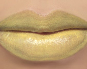 "Vegan Yellow Lipstick - ""Daisy"" (light yellow lipstick)"