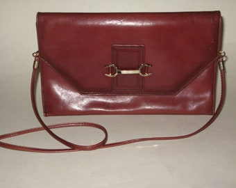 Classically Styled Italian Polished Leather Convertible Shoulder Clutch with Horseshoe Hardware