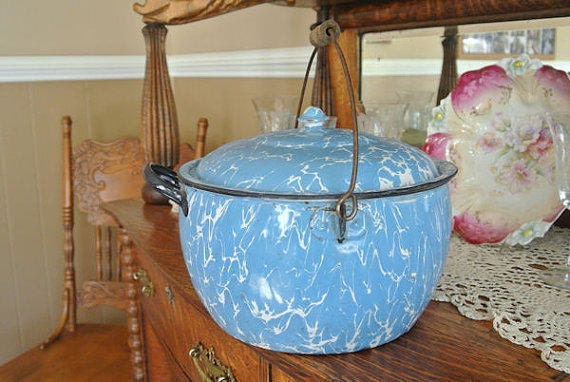 1800s Graniteware Kettle / Enamelware Covered Berlin Style