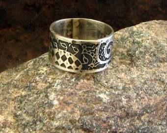 Belly Dance Sterling Ring, Henna Motifs Etched in Sterling Silver, Size 10.25