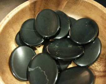 Black Onyx Worry Stones / Protection / Self Control / Intuition