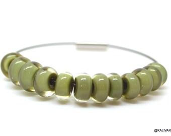 Lampwork glass beadset  - green - 12 beads lampwork spacer