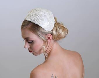 Bridal headpiece, Vintage 1950's style wedding headpiece, Juliet cap