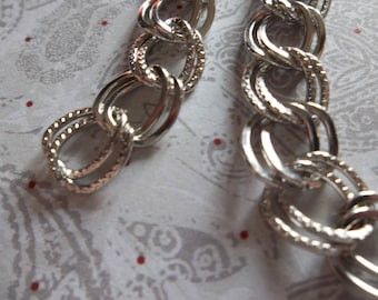 Double Link Chain - Shiny Silver - 10mm Links Smooth & Textured - 43 inch strand