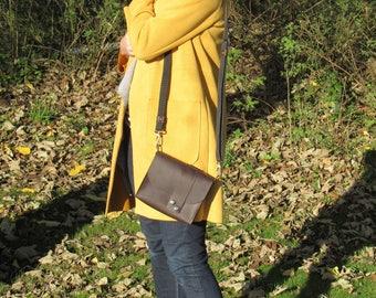 Ladies Leather Handbag / shoulder bag