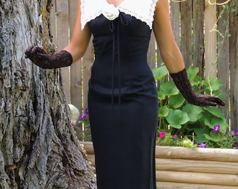 Vintage 1950's 1960's Black Pinup / Bombshell / Wiggle Dress / Pencil Dress with Large White Collar
