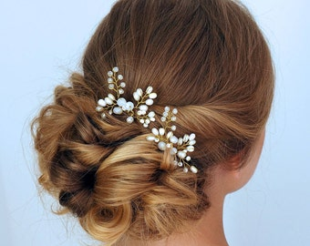 Bridal hair pins, Wedding hair pins,Pearl hair pins with rhinestones, Crystal hair pins, Set of 2 pearl hair pins, Gold bridal hair pins