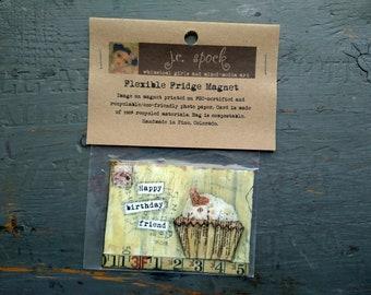 "VENTE!  Art Magnet, aimant Flexible, cupcake lunatique, art de cupcake, 2.5 ""x 3,5"", Cupcake aimant, «Joyeux anniversaire ami»"