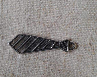 """set of 5 charms """"ties"""" in silver"""
