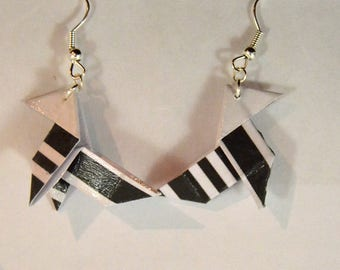 Pierced earrings eco friendly Origami graphic black and white