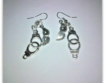 Earrings inspired by the book/film 50 shades of Grey (mask + handcuffs)