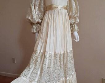 Vintage 1970s Boho Folk Lace Gunne Sax Style 70s Prairie Festival Wedding Dress