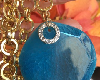 Necklace Wonderful Blue Agate Faceted with Swarovski circle with Gold Aluminium Chain
