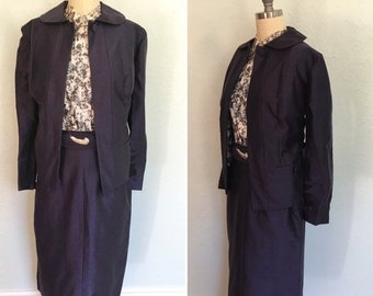 ON SALE 1950's vintage navy blue 4 piece suit with abstract blouse / 50's vintage navy suit / vintage 50's suit