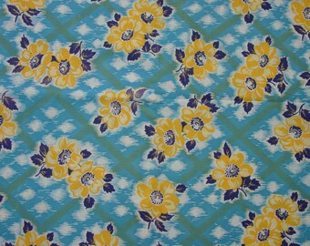 "Vintage Full Feedsack Fabric LG.37 x 45"" Bright Colors, 3 Available, Price is for 1"