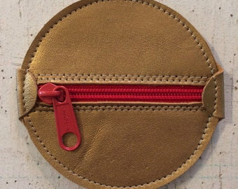 Round Leather Zippered Change Purse