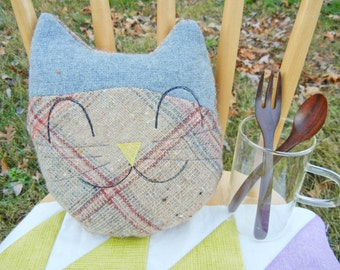 Cat smiley mini pillow - Gray & Warm color grid