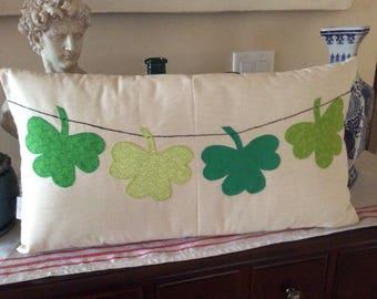 Irish Green Pillow Cover,Shamrock Pillow, St. Patrick's Day Decor, Kelly Green Leaves Cushion, Clover Leaves Pillow, Shamrock Applique Sham