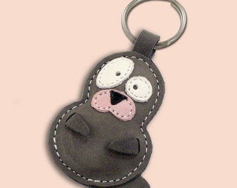Snowy The Cute Little Seal Pup Leather Animal Keychain - FREE Shipping Worldwide - Leather Bag Charm Seal