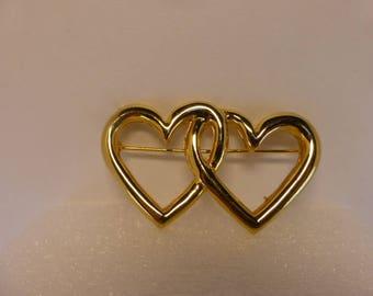 Avon Vintage Goldtone Double Heart Pin Brooch Valentine's