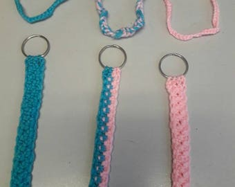 Baby shower keychain and bracelet sets