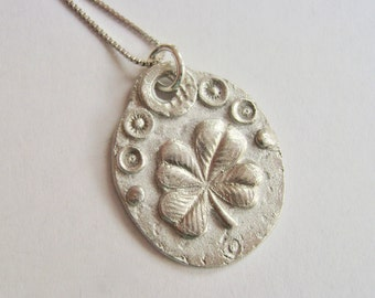 new sterling oval clover pendant necklace