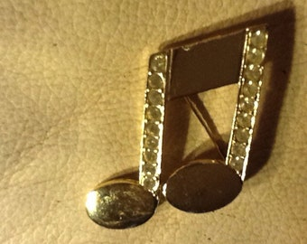 Vintage  Musical Octave pin from 1960