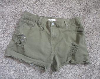 Levis 550 abgeschnittenen Jeans Jeansshorts Größe 36 X 3 1/2 Grunge zerstört Levis-Tag-Größe 14