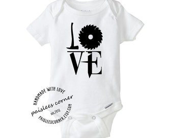 Love Steampunk Baby Gerber Onesie. Baby Clothes, Baby Boy, Baby Girl, Baby Shower, Pregnancy Announcement