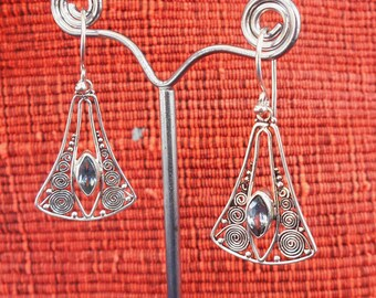 Balinese Sterling Silver topaz marquise gem dangle Earrings / 4 cm long / silver 925 / Balinese handmade jewelry / (#611m)