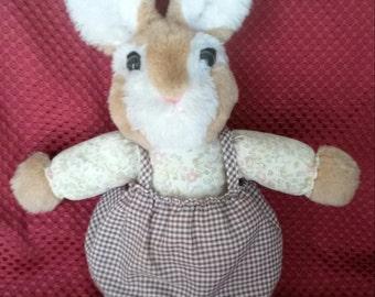 Cuddle Wit Rabbit
