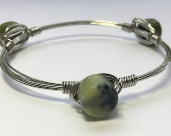 Green natural stone wire wrapped bracelet
