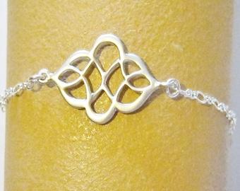 Celtic Knot Bracelet, Silver, Bridesmaid Bracelet, Celtic Jewelry, Silver Knot Bracelet, Bridesmaid Jewelry