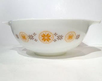 Pyrex Town and Country 4 Quart Mixing Bowl, Pyrex 444 Cinderalla Bowl, Nesting Bowl, Vintage Pyrex