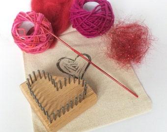 Li'l Weaver Heart Pin Loom Kit