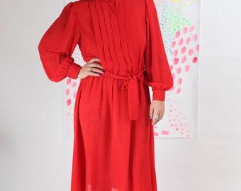 Vintage / Red Pleated Dress