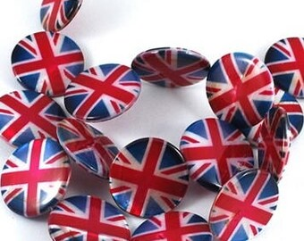 Set of 10 beads in mother-of-Pearl, Union Jack British flag.