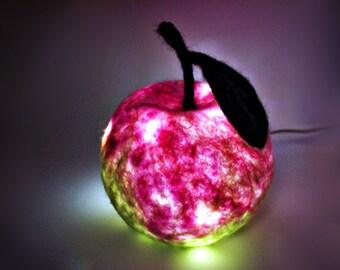 Lampe Mädchenzimmer Deko rosa Geschenk Pate Geburt Filzlampe Deko Apfel  Mädchen Lampe Teelicht Schlummerlicht Nachtlicht Kinderzimmer Baby