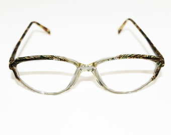 Vintage eyeglasses frame. 80's. Cat eye style.