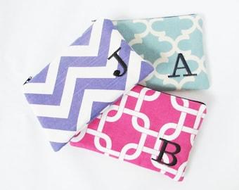 Set of 3 - Monogrammed Makeup bag - Zipper Pouch - Personalized Clutch - Bridesmaid clutches - Medium